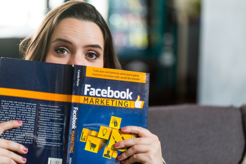 Facebook Marketing – Camila Porto